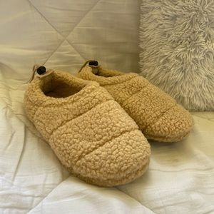 Tan Urban Outfitters Sherpa Slippers